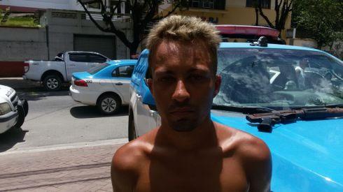 Traficante Elimar de Oliveira Santana de 23 anos foi preso em flagrante