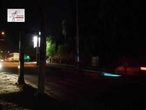 Ponto de ônibus em frente ao Ciep 300 sentido Rio